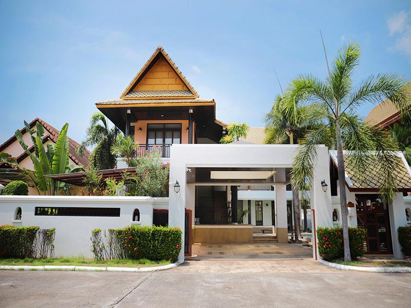 Punnapha Pool Villa